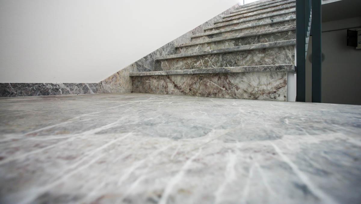Pietra Grigia Per Davanzali lavori - lagorai pietre